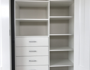 1 bank of shelves with 5 standard 140 deep drawers and 1 standard bank of shelves at 2050 off finished floor level